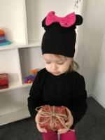 Шапка Минни с малиновым бантом (черная)
